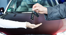 Entscheidend für Werkstatt- und Versicherungswahl: Ersatzwagen im Schadensfall
