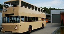 Eine perfekte Bus-Lackierung – natürlich im BVG-Originalfarbton RAL 1001 beige