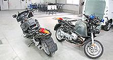 Die Lackierung machte eine vollständige Zerlegung der Motorräder erforderlich