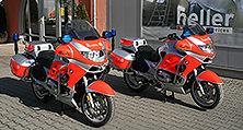 Bereit für neue Einsätze: Die komplett lackierten Johanniter-Motorräder