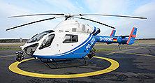Einsatzbereit: Der neu lackierte Hubschrauber an seinem Heimatflughafen