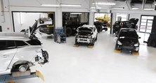 Viel Platz für jedes Kundenanliegen: Die Unfallinstandsetzung von heller