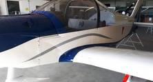 Die hohe Qualität der Flugzeuglackierung widersteht Spannungen, Temperaturwechseln und UV-Belastung.