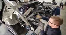 Instandsetzung von Unfallwagen in der heller Lackiererei GmbH