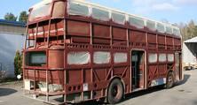 Nicht alltäglich: Die Restaurierung eines Oldtimer-Busses durch den heller-Karosseriebau
