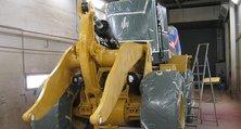 Reparatur-, Neu- oder Umlackierung von Baggern, Kränen, Radladern und anderem schweren Gerät