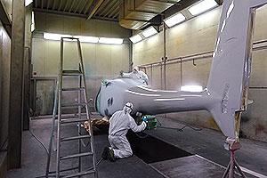 Lackierung von Aufklärungsflugzeugen für Katar